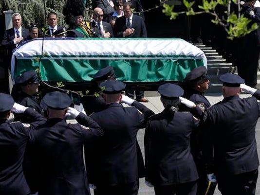 Officer killed.jpg