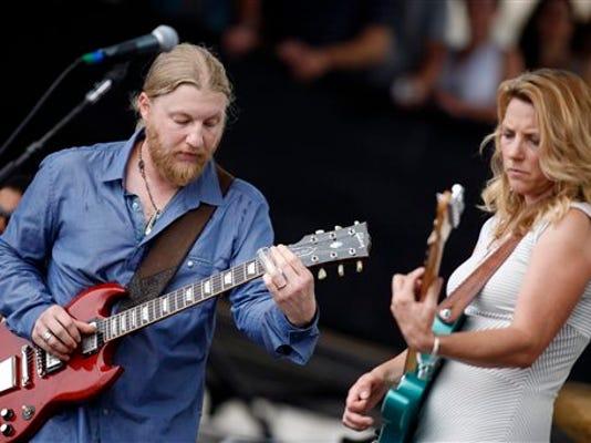 Susan Tedeschi and Derek Trucks perform with the Tedeschi Trucks Band will perform The Forum in Harrisburg.
