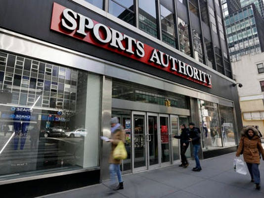 Sports+Authority+Bank_Reis.jpg