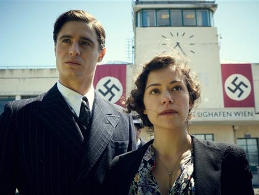 Film Review-Woman in _Garr (2).jpg