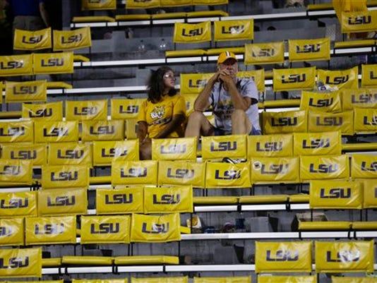 SHR 0923 LSU fans