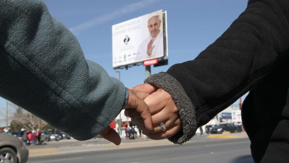 The human chain will cover the pope's 25-mile route