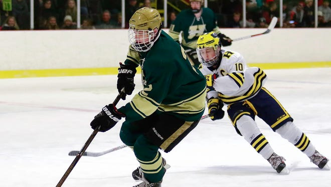 Howell's Dominic Rossi (2) had a goal and three assists in a 7-3 victory over South Lyon.