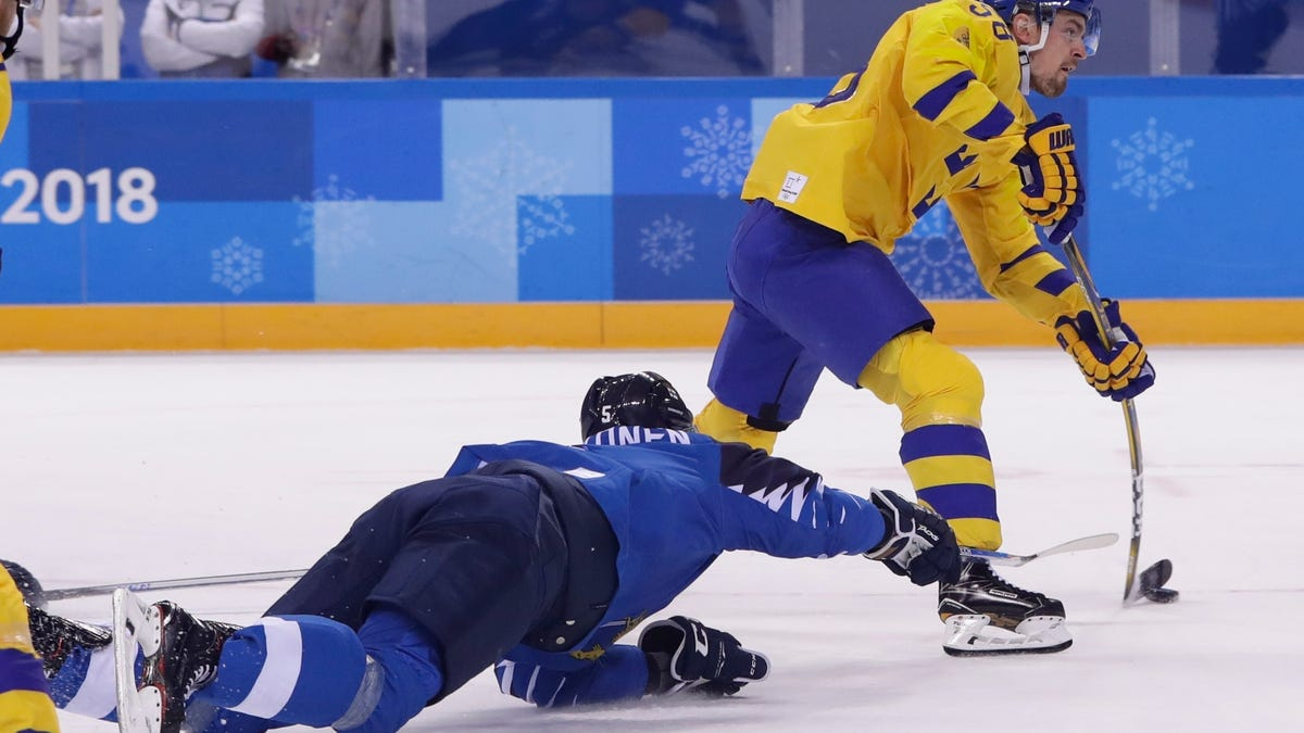 Sweden beats Finland 3-1 to win Olympic Group C