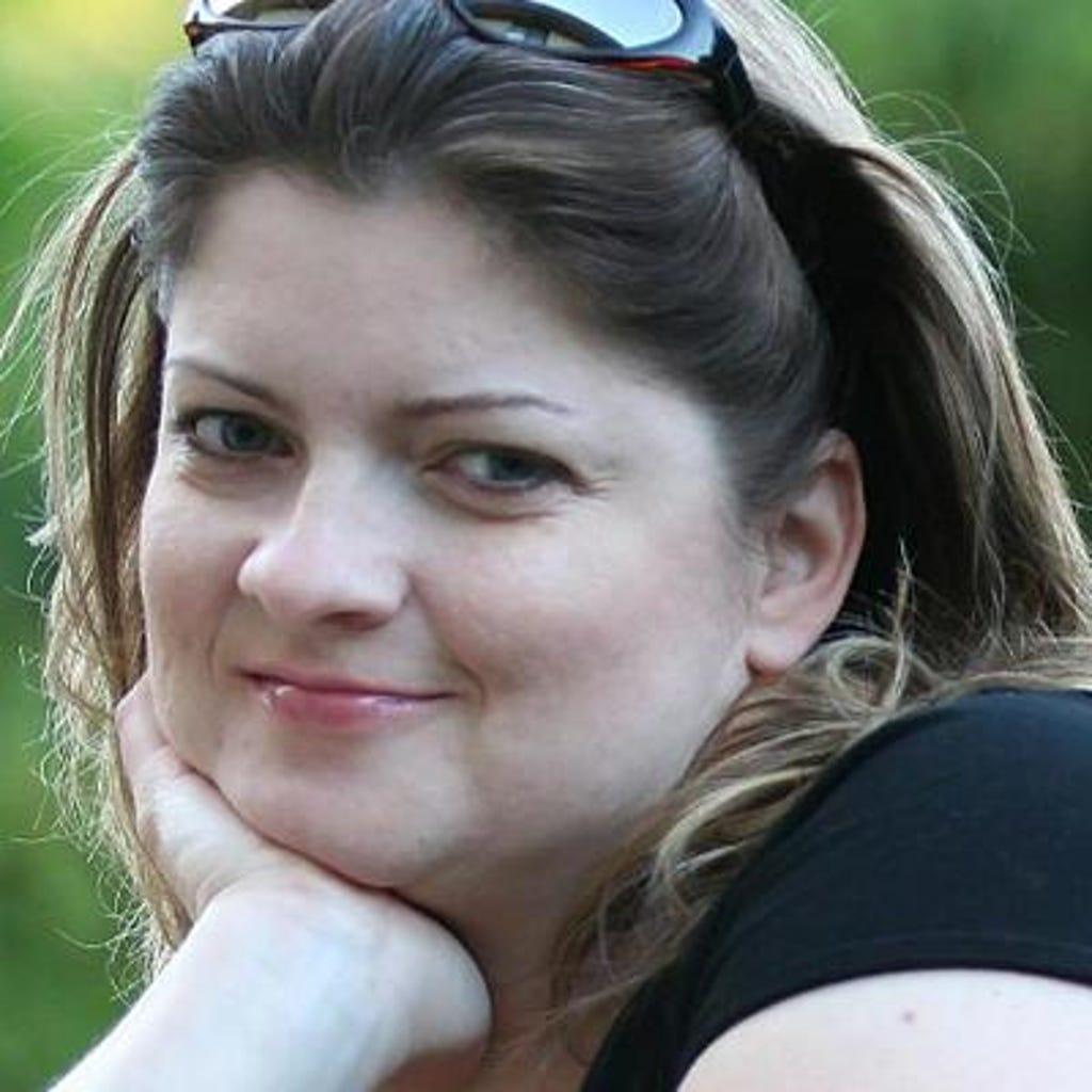 Laura Colvin