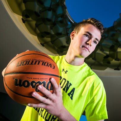 Phoenix Country Day basketball player Andrew Ekmark.