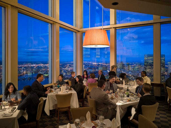 Boston S Top Of The Hub Restaurant Offers Sweeping