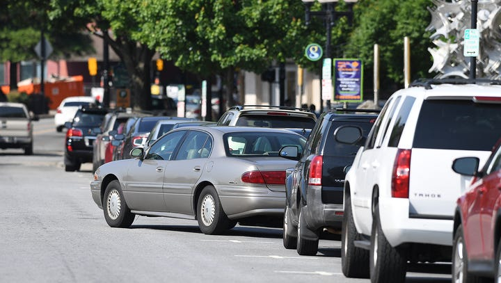 Commuting downtown: Survey shows overwhelming trend to drive alone, bus system lacking