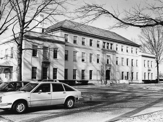 The A.I. DuPont Institute on Mach 7, 1982, is shown. From 1951 to 1962, the duPont estate distributed only 12 percent to the Nemours Foundation.