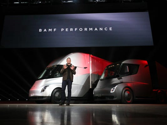 Tesla Lands Fedex Order For Its Electric Big Rig Trucks