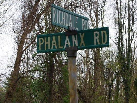 phalanxroad2