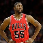 Former Chicago Bulls guard E'Twaun Moore will receive a subsantial raise next season with the New Orleans Pelicans