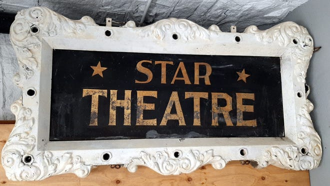 A sign for the Star Theatre.