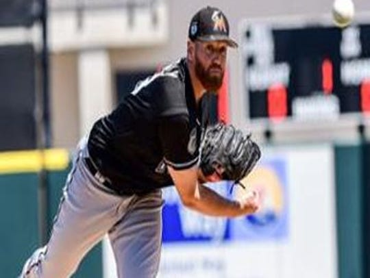 New Miami Marlins pitcher Dan Straily won't be restricted