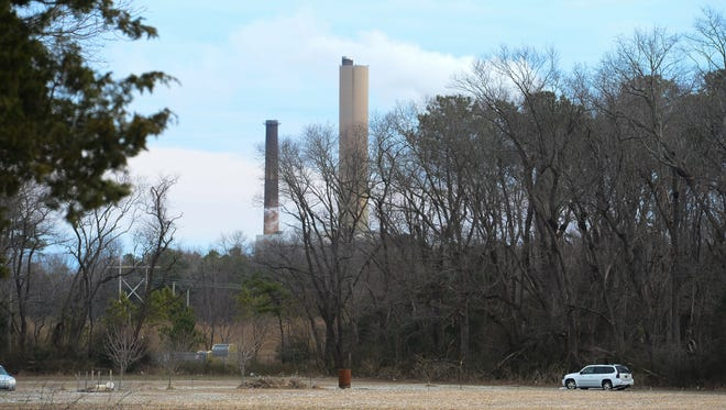 Delaware State Police are investigating after a man fell to his death at the NRG Indian River Power Plant on Tuesday, Jan 31, 2017.