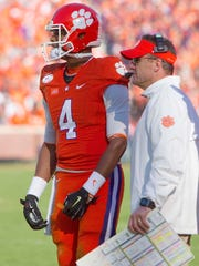 Clemson Tigers quarterback Deshaun Watson (4) and then-offensive