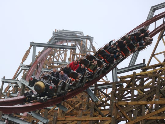 Cedar Point premiered its new record-breaking hybrid