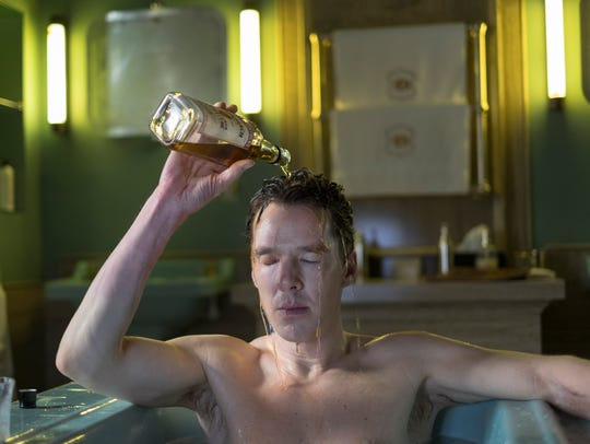 Patrick Melrose (Benedict Cumberbatch) douses himself