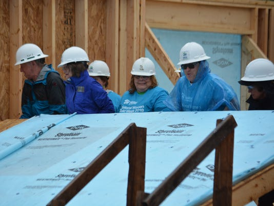636622538216017113-Habitat-for-Humanity-home-building-on-Whiterock.JPG