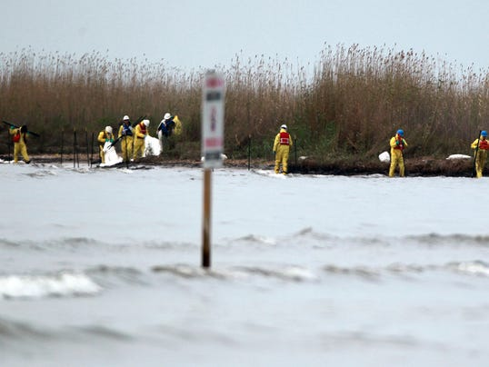 AP Texas Bay Oil Spill
