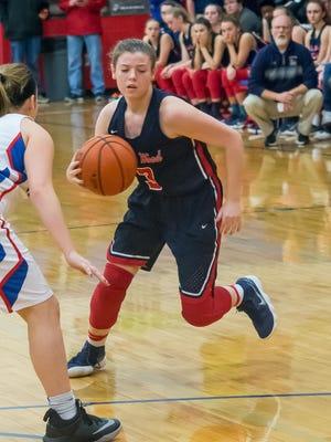 Raegan Hohl drives to the basket.
