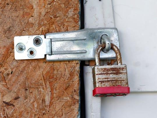 DFP 0929_foreclosure.jpg
