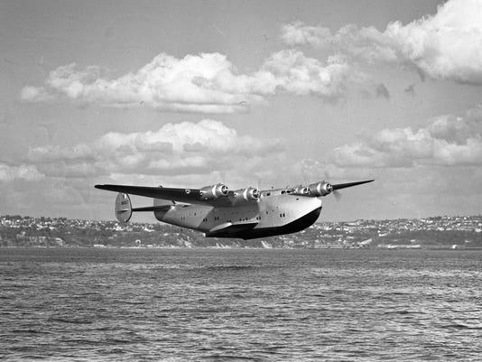 Pan Am takeoff.jpg