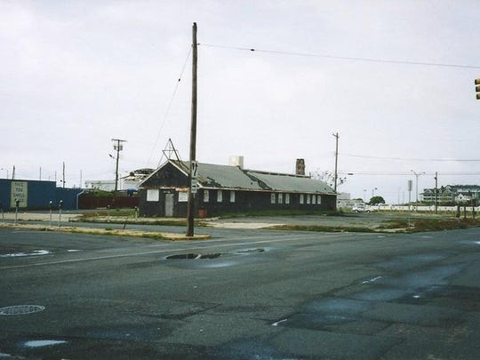 The old Stone Pony Annex, formerly the Quack Quack and the Empire Bar. It was torn down several  years ago.