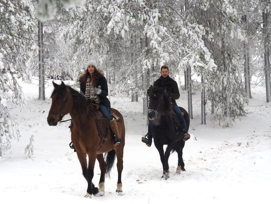 Vanessa and Nick ride horses during their last date