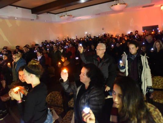 Candlelight-Vigil2-15311721.JPG