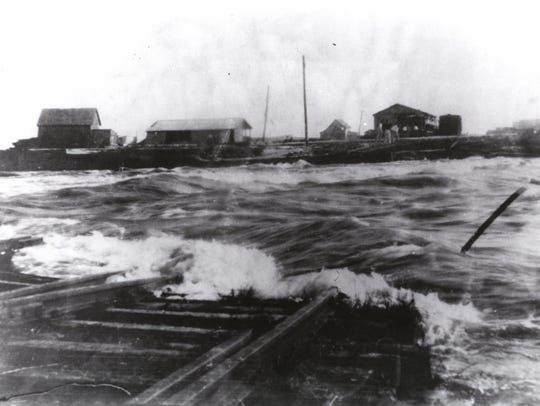 The railroad track leading from Ocean City to the fish