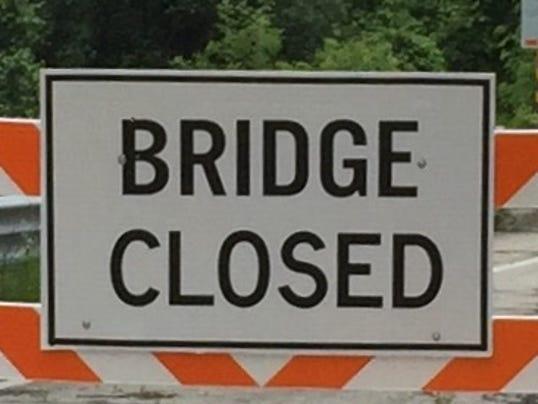 636338021527740351-bridge-closed.jpg