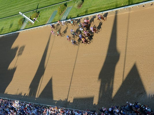 635982541045783311-04142-KY-Derby-from-the-Roof-by-Zimmer.JPG