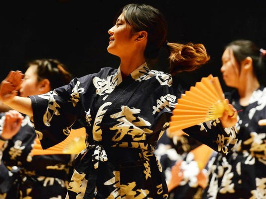LU Cabaret_Japanese dancers.jpg