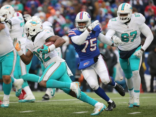 Bills Cap Capri forces Dolphins running back Kenyan