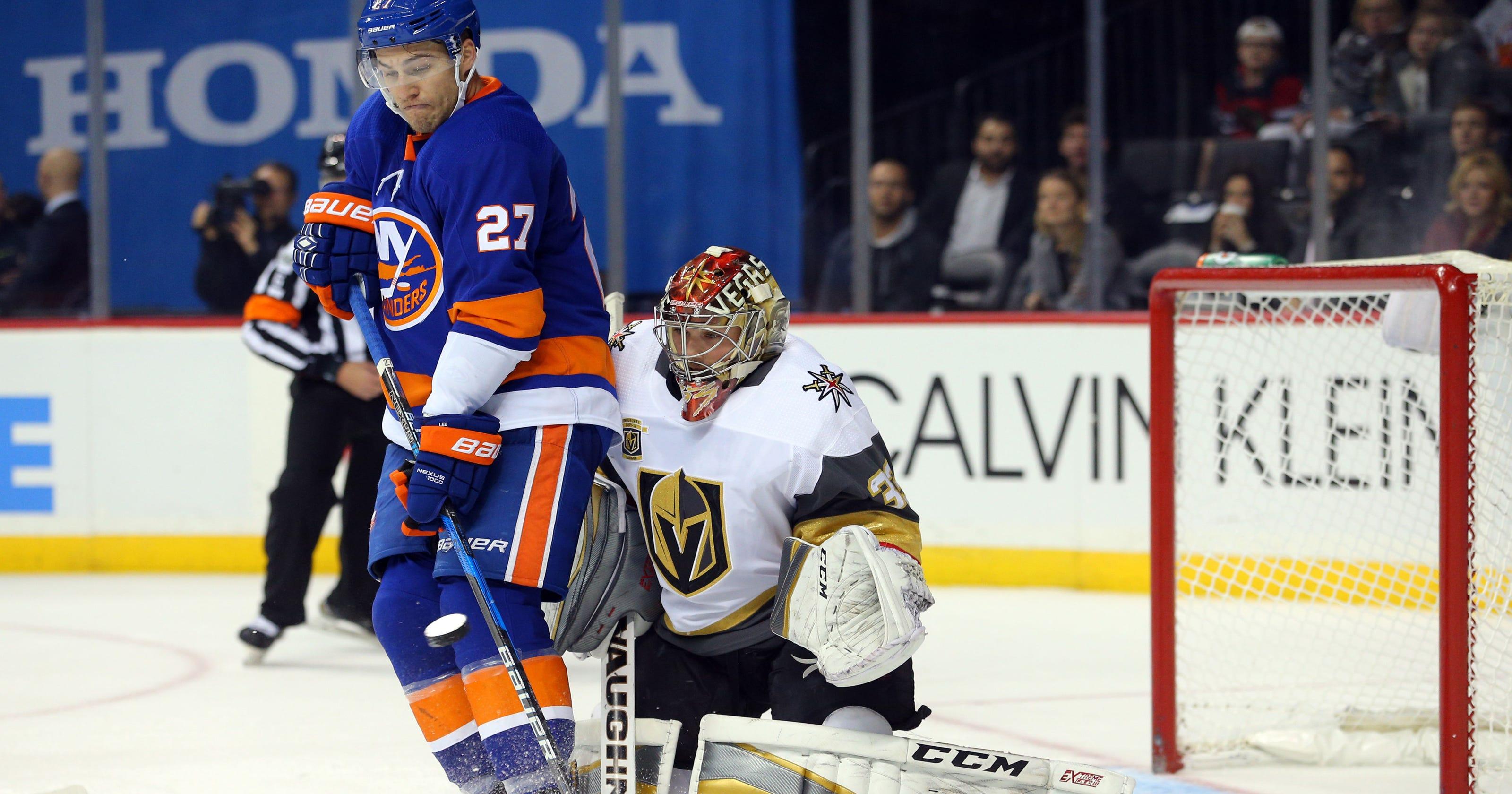 070175415 Islanders end Golden Knights  winning streak at 5