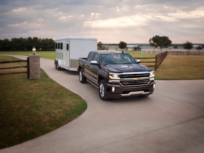 The new 2016 Chevrolet Silverado 1500 brings muscular
