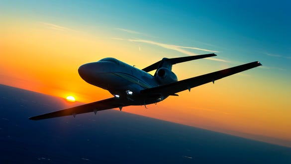 8 Uber Style Private Jet Companies For Instant Bookings