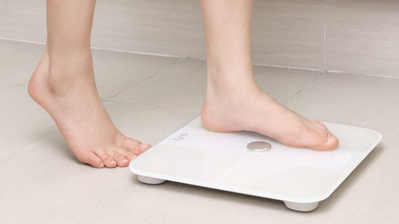 This smart scale will help you lose weight—and it's on sale for an unreal price