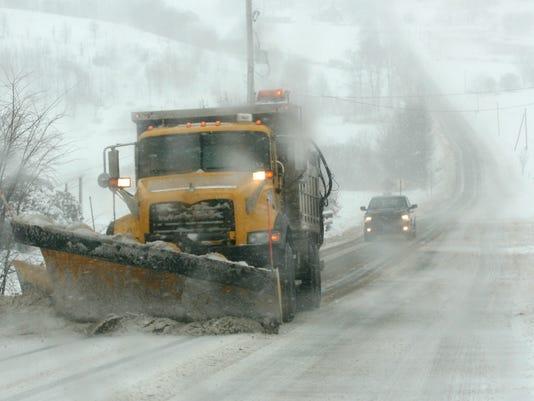 -ELM 022511 snow 7 jk_20110225.jpg