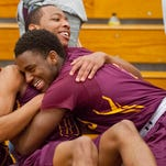 Franklin's steal seals Doss boys basketball's upset of Butler in 22nd District final