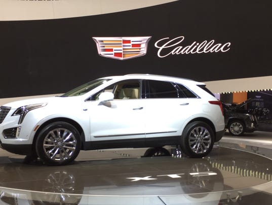 first close up look as cadillac xt5 makes u s debut. Black Bedroom Furniture Sets. Home Design Ideas