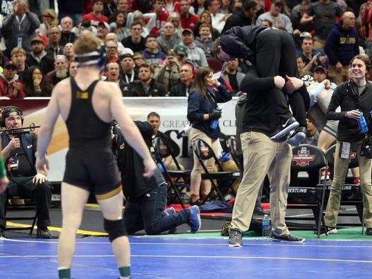 636568286644187758-180316-19-NCAA-Wrestling-ds.jpg