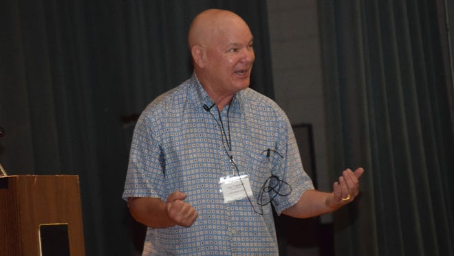 Former NBA referee Joey Crawford speaks to local officials at ASH Saturday morning.