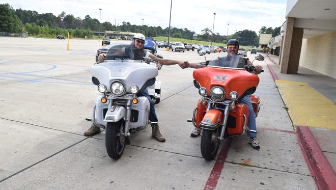 Shelton Foster (left) and Mike Wall will attempt the longest motorcycle ride using no hands for the Guinness World Records.