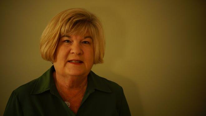 Linda Tresca Hollis