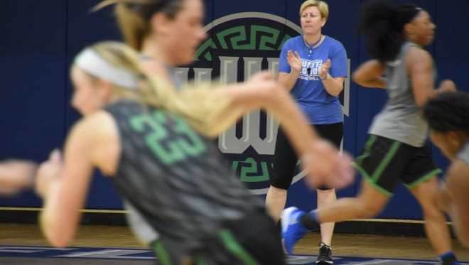 UWF women's basketball head coach Stephanie Lawrence-Yelton coaches her team during an postseason practice in 2016.