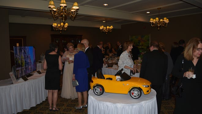 The Farmington/Farmington Hills Foundation for Youth & Families raised some $40,000 at its recent spring gala.