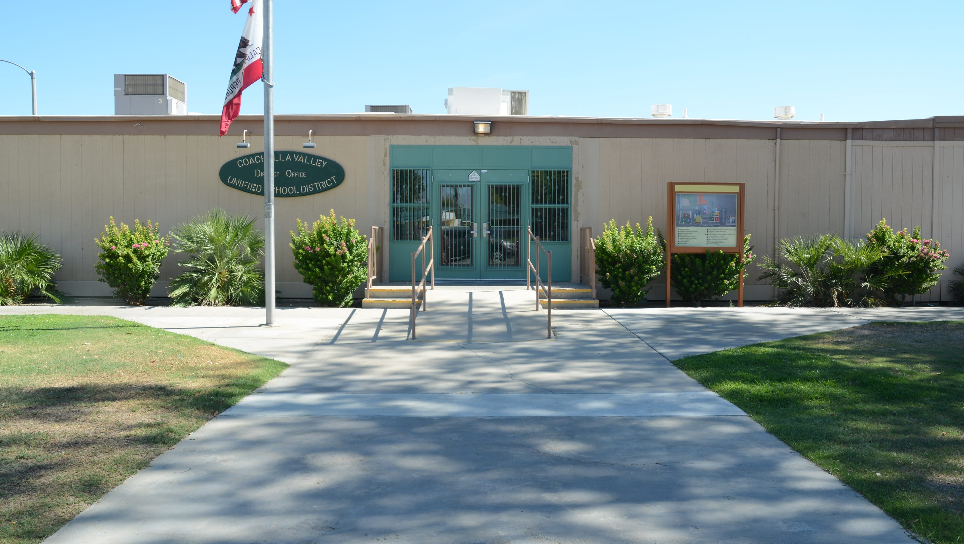 Students celebrating Mexican heritage at La Quinta library told to sing 'Yankee Doodle' instead