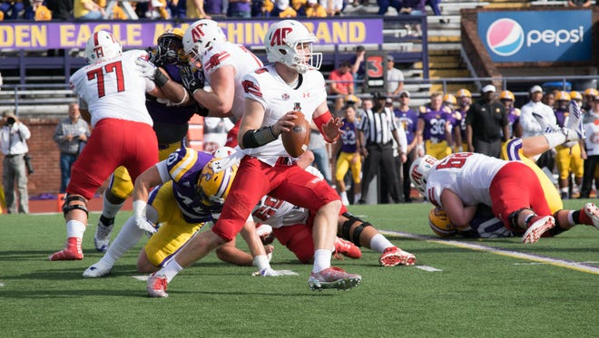 Austin Peay quarterback Jeremiah Oatsvall was 6-of-13 for 72 yards Saturday against Tennessee Tech.